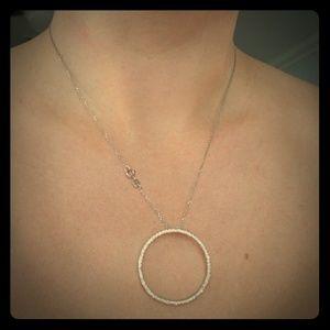 14k white gold pendant with diamonds